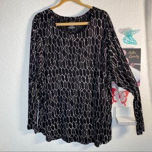 Apt. 9 black and tan long sleeve top